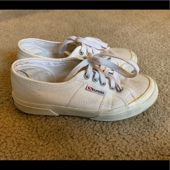 Superga Cotu White Canvas Sneakers 5716af3fa